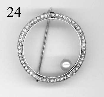 "24: Tiffany & Co. 1 1/8"" diamond and pearl pin"