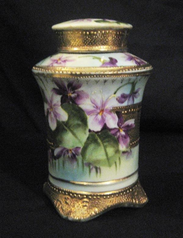 """10: Nippon Blue maple leaf 6"""" covered jar with violet"""