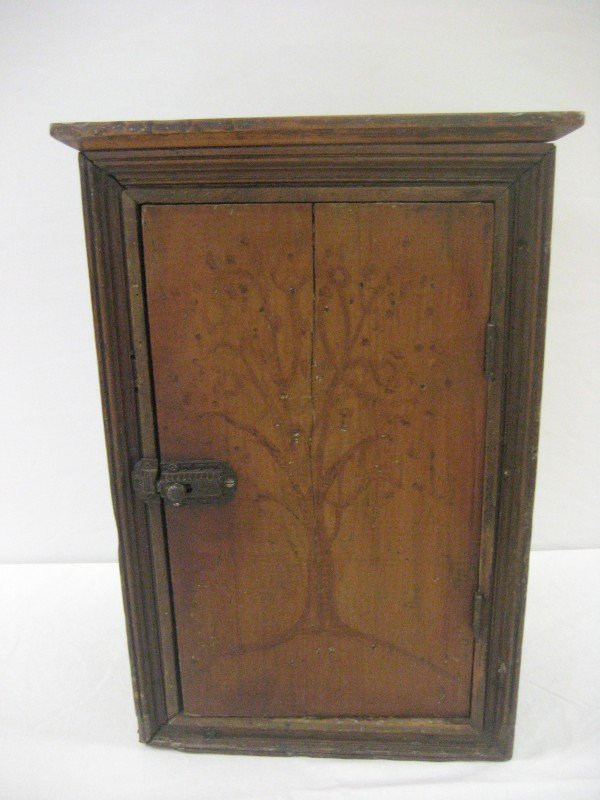 13: Fine Shaker style small box cupboard with outline o