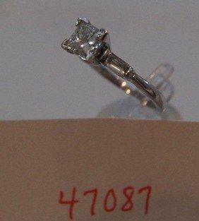 21: Platinum and diamond ring.