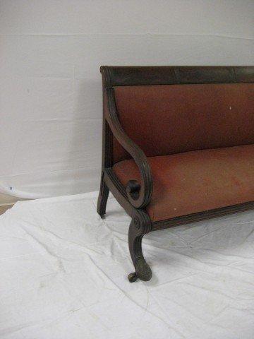 580: Early Sheraton sofa with bullseye molding and orna - 2