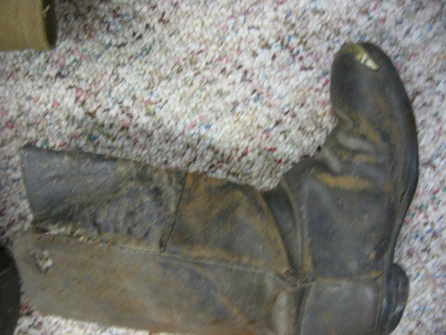 147A: Confederate Drummer boy frock coat and boots.  Bo - 7