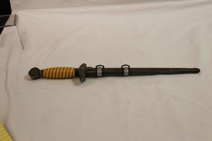21: Alcoso German WW2 Luftwaffe Type-II dagger with mus