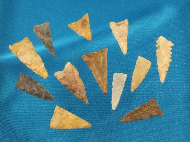 """Group of 12 assorted triangles, KY, largest is 1 5/8"""""""