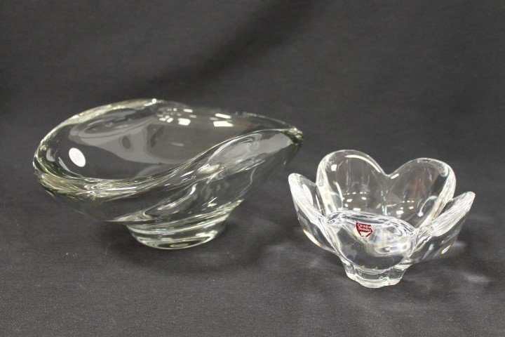 """Fostoria 10"""" bowl - noted as featured by Corning Museum"""