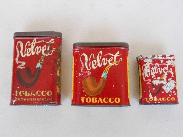 Velvet pocket tins, sample is missing lid