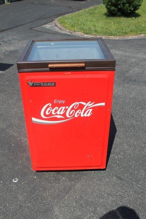 Coca-Cola Victory Model CCD108 electric cooler  Runs