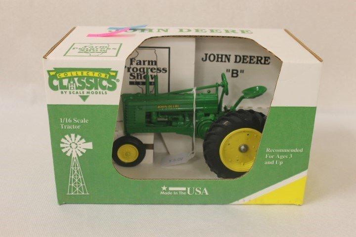 Collector Classics 1:16 scale John Deere B, Farm