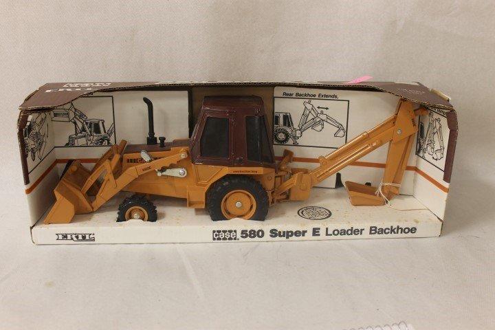 Ertl 1:16 scale Case 580 Super E Backhoe, #287, 1991,