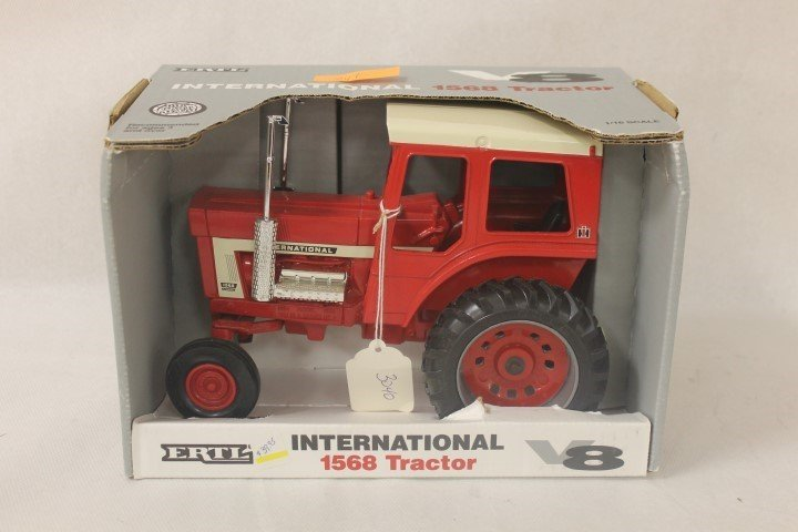 """Ertl 1:16 scale """"68"""" Series, 1994, IH 1568 V-8 with"""