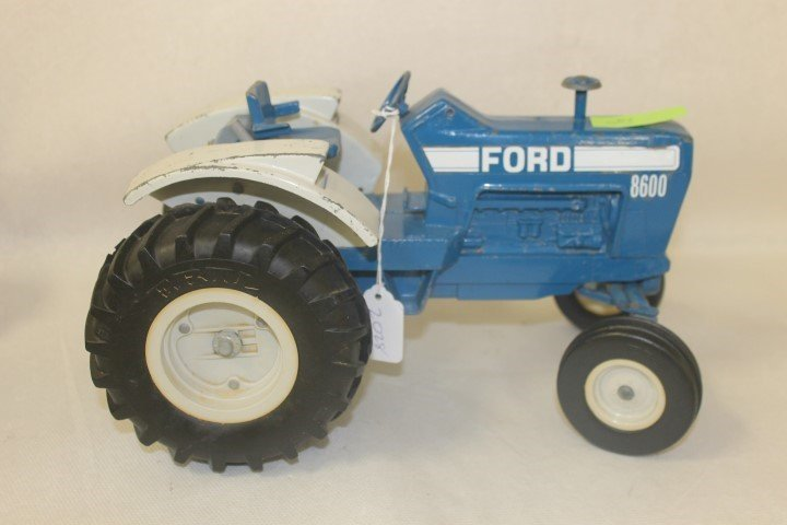 Ford 8600, no muffler, with wear, 2217