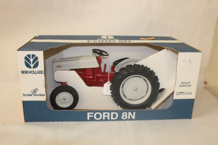 Scale Models 1:8 scale Quality Sandcast New Holland