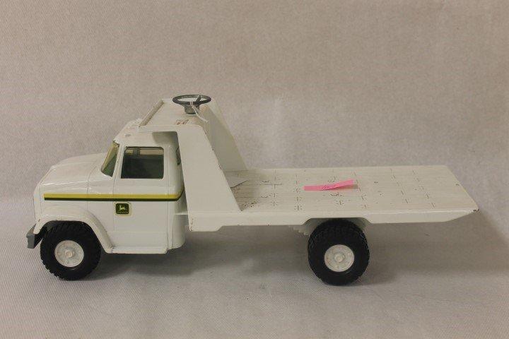 John Deere Dealer 1:16 scale GMC Roll-Back, 0462