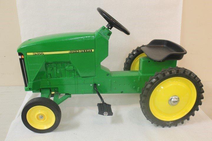 Ertl John Deere 8400 pedal tractor, 3188D