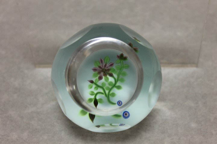 Bob Banford Studio Art Glass faceted paperweight signed
