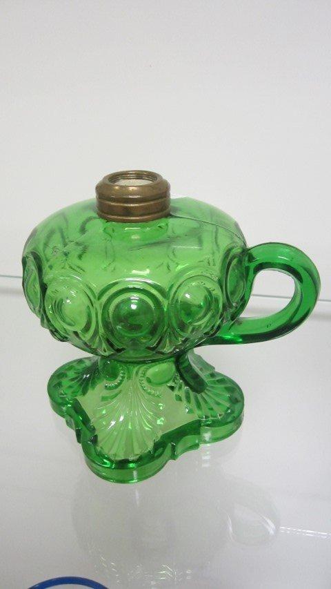 "Emerald green Bullseye finger lamp, 5 1/2"" tall, 4"""