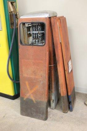 Southwest Pump Co. Gulf Pump, Serial #5812709, Missing