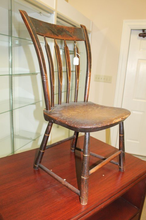 Early arrowback plank seat chair in original finish