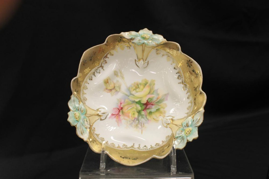 Crown mark RS Prussia Daisy mold berry bowl with heavy
