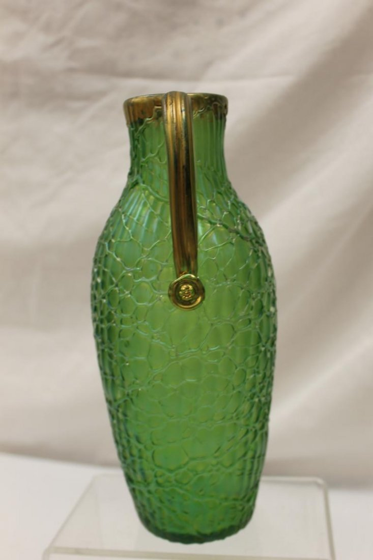 Fine Loetz pitcher with applied gold handle and fishnet - 2