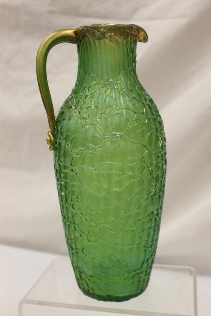 Fine Loetz pitcher with applied gold handle and fishnet - 4