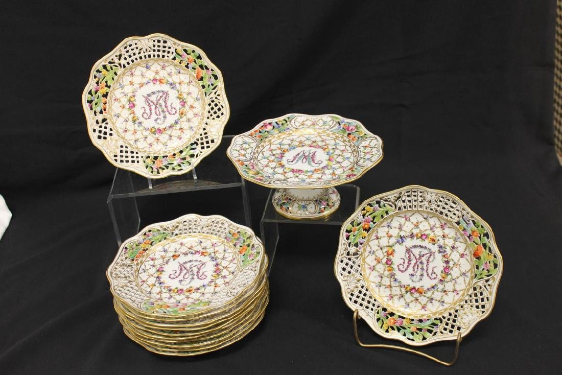 Dresden reticulated compote with (12) plates in the
