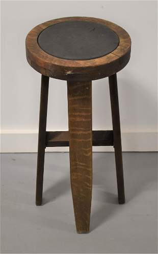 Round Mission Oak Stand with Inset Leather Top