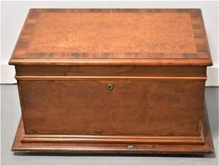 19th Century English Mahogany Humidor