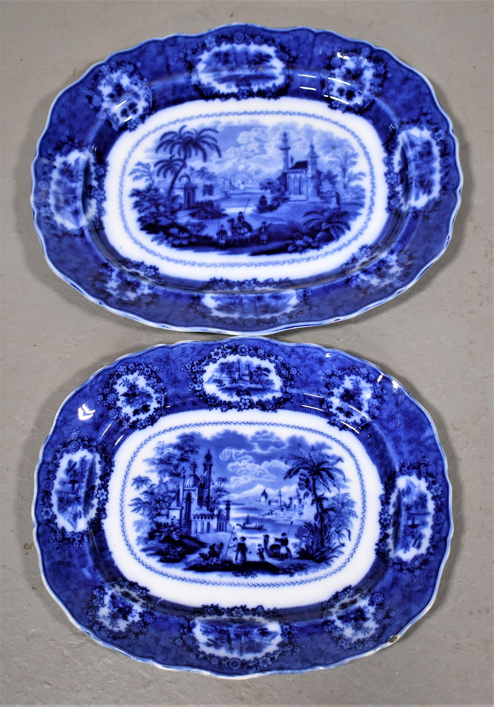 2 Flow Blue Platters