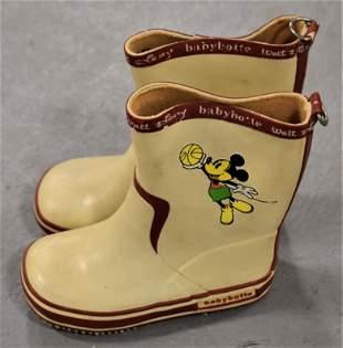 Vintage Mickey Mouse Rubber Babybotte