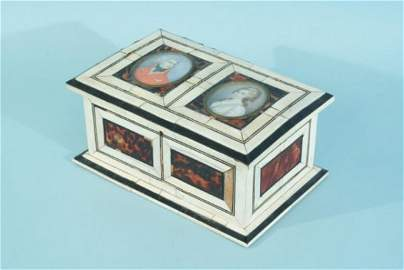 56: ANTIQUE FRENCH BOX & BUST PORTRAITS. CIRCA 19th C.