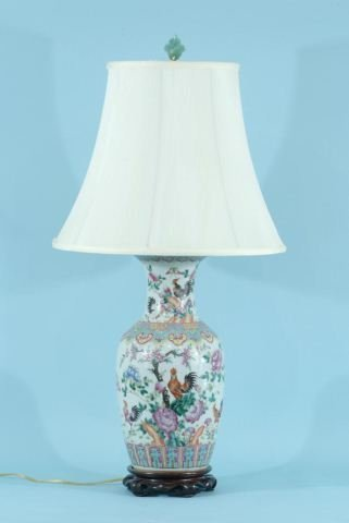 20: ANTIQUE CHINESE PORCELAIN VASE CONVERTED TO A LAMP