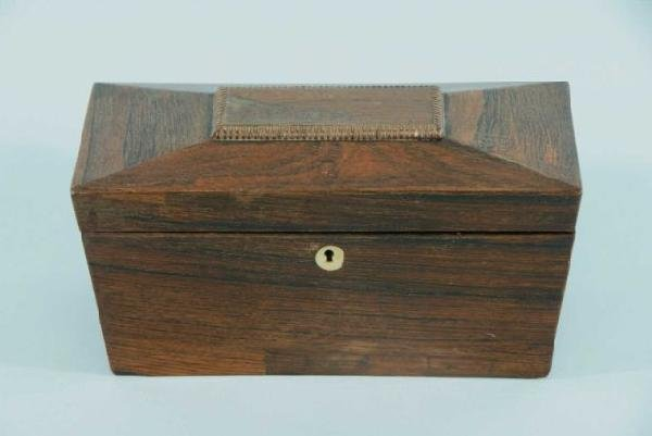19: ANTIQUE REGENCY ROSEWOOD TEA CADDY, CIRCA 1830