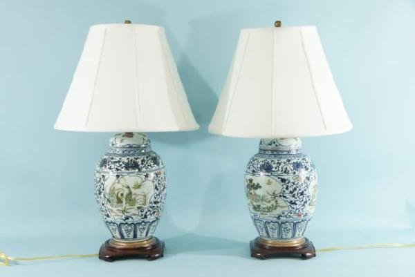 23: PAIR OF CHINESE PORCELAIN JAR LAMPS