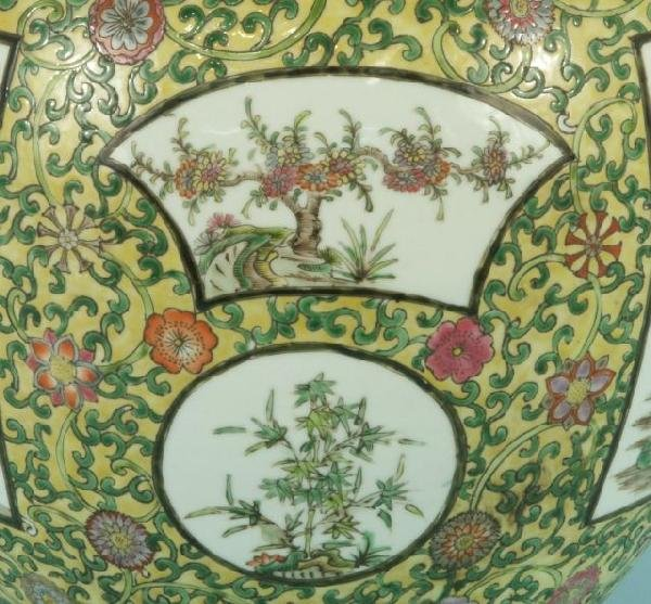 10: PAIR OF CHINESE EXPORT PORCELAIN VASES - 5