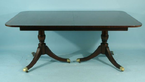 13: MAHOGANY DOUBLE PEDESTAL DINING TABLE