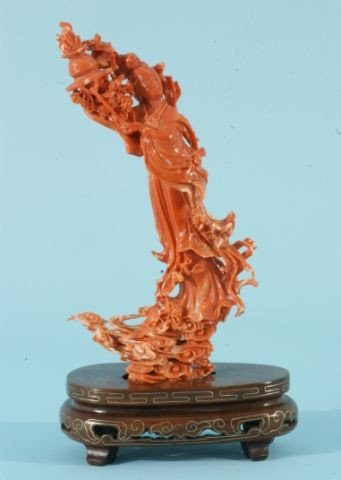 35: ANTIQUE CORAL CARVING OF A CHINESE GODDESS