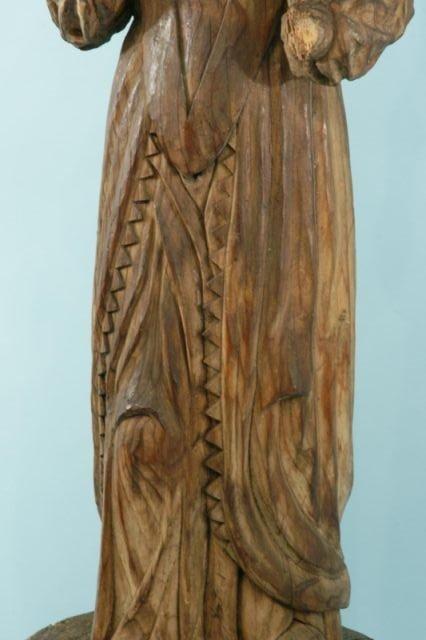 8: 17th CENTURY CARVED WOOD SANTO - 3