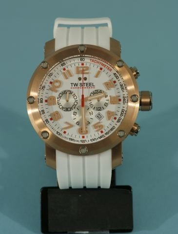 5C: TW STEEL ROSE GOLD & WHITE FACE WATCH