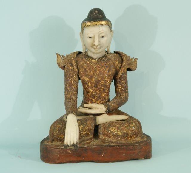 6: ANTIQUE THAI SEATED BUDDHA
