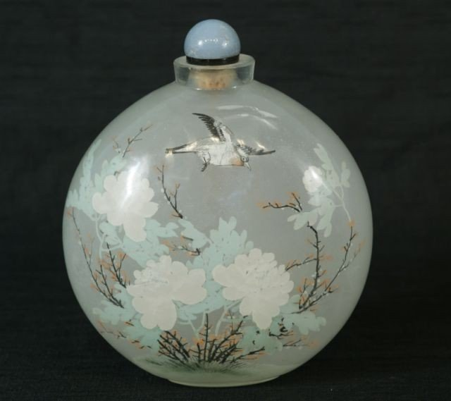 94: CHINESE REVERSE PAINTED GLASS SNUFF BOTTLE