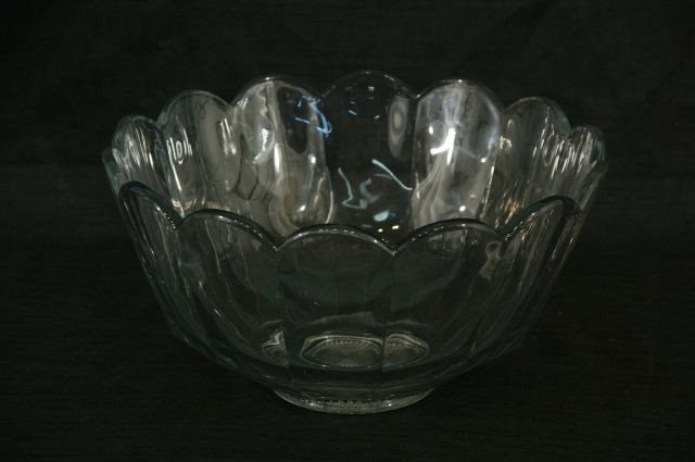 6: LARGE HICEE GLASS PUNCH BOWL