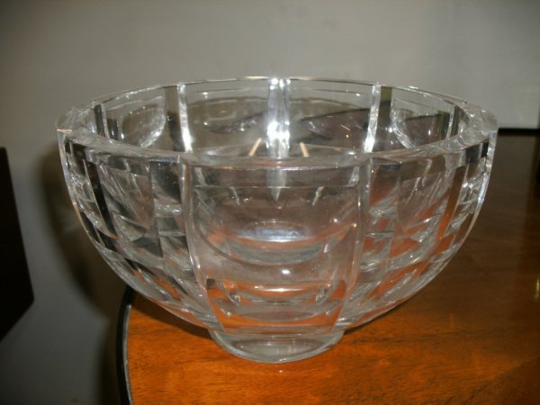9: LARGE ORREFORS CUT CRYSTAL BOWL