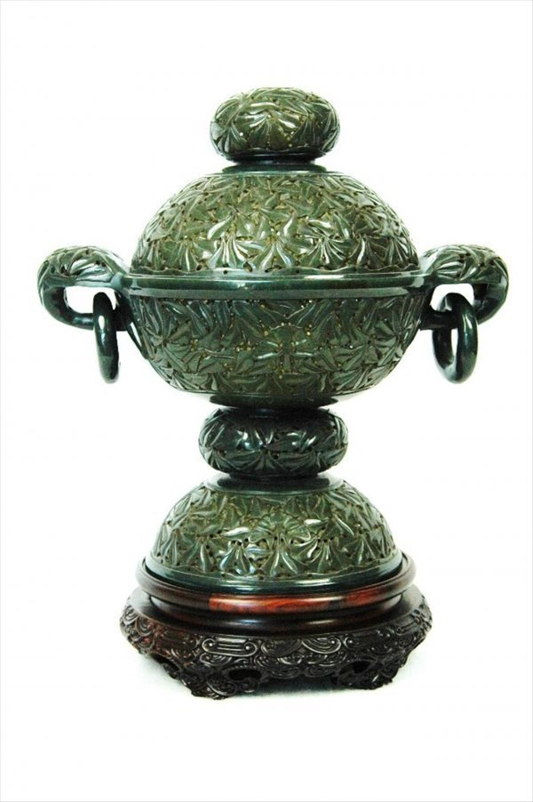2101: Chinese Mughal Style Spinach Jade Urn