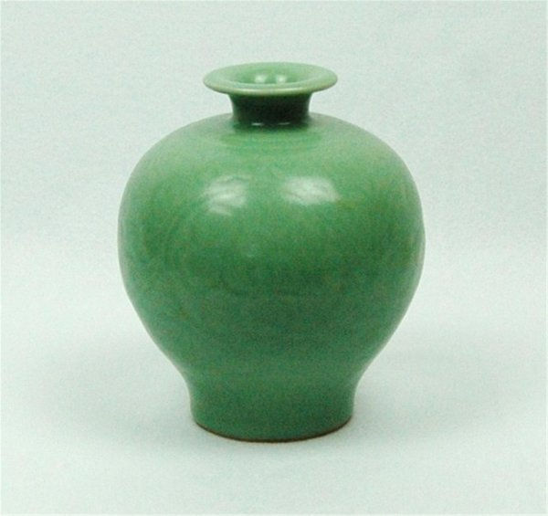 4181: Chinese celadon glazed porcelain meiping