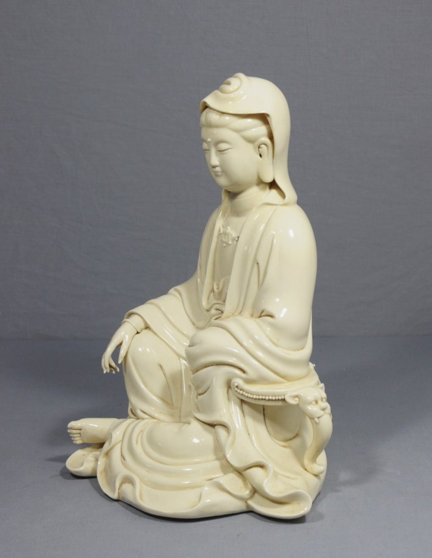 2619: Chinese Blanc-de-chine Porcelain Figure of Kwan-Y - 3