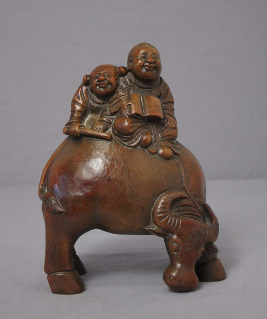 3568: Nice  Hand  Carved  Chinese  Bamboo  Figures