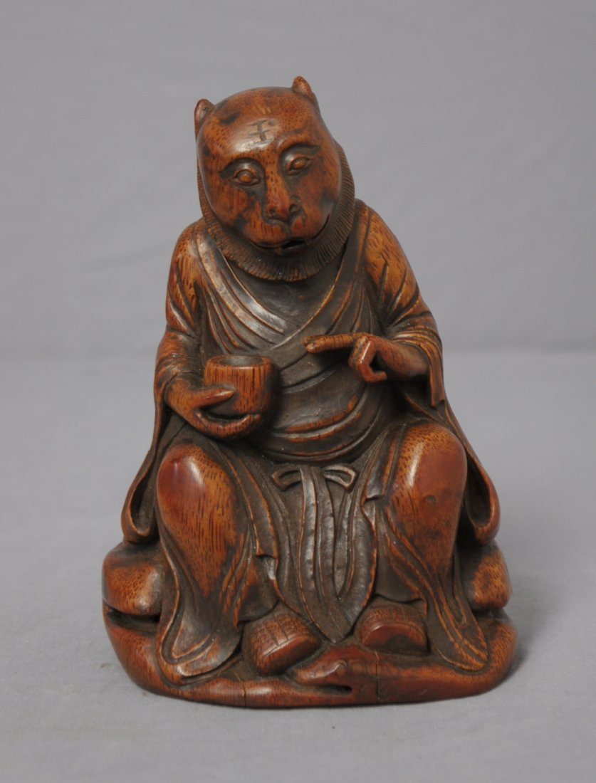 3574: Well  Hand  Carved  Chinese  Bamboo  Figure