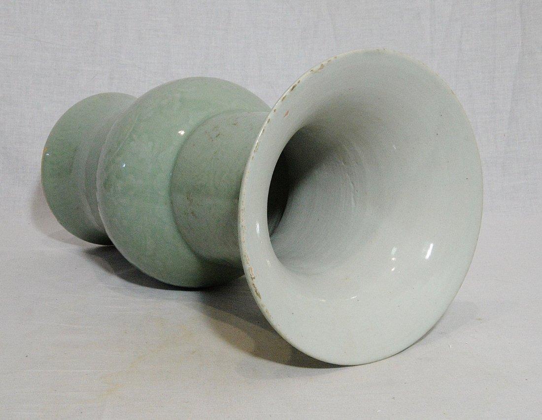 Chinese Monochrome Green Glaze Porcelain Beaker Vase - 3