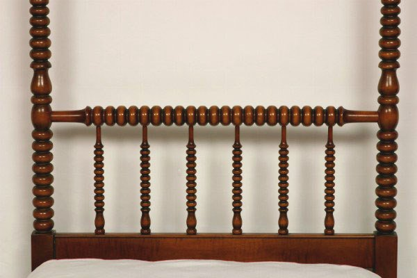 100: Pair of Maple Jenny Lind Twin Beds - 6